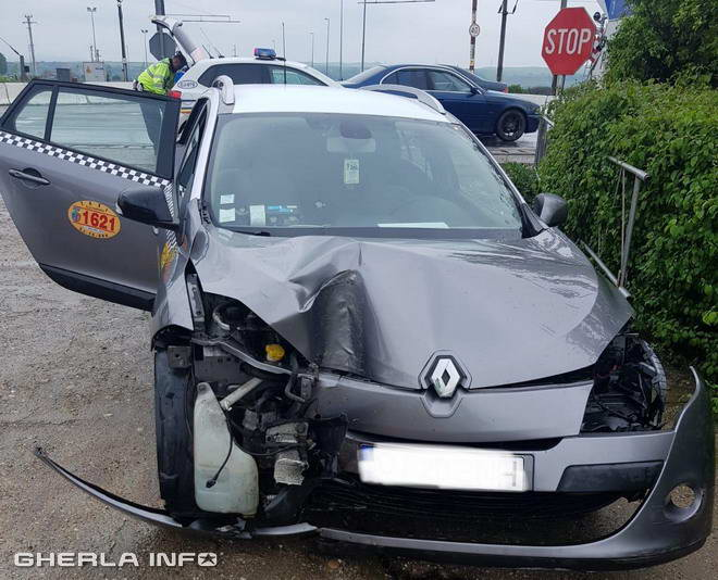 Accident_taxi